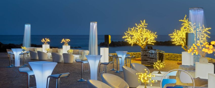 Terrace decoration beach hotel tables - Decoracion terraza playa hotel mesas
